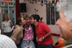 Joris op feest verjaardag in Utrecht